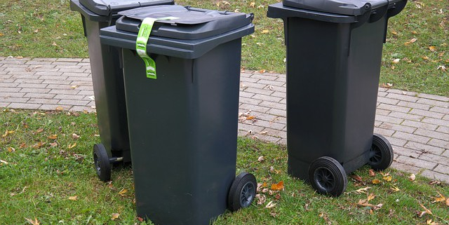 garbage-can-231869_640